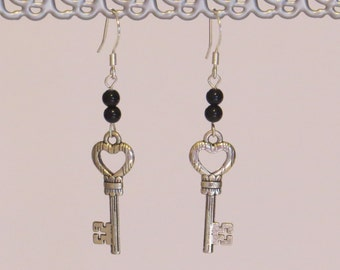 E-1732 Silver & black key earrings
