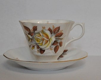 Autumn Rose Floral Vintage Teacup Candle