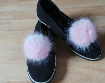 "Pair of Pom Pom Shoe Clips Pink Mink Faux Fur 4"" / 10 cm pom pom"