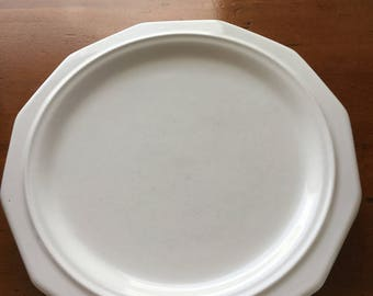 Early Pfaltzgraff Heritage Dinner Plates