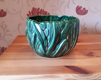 Vintage Green  Sylvac Pottery Planter / Vase  Number 4132.