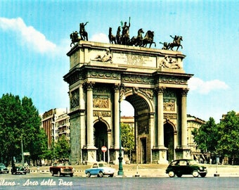 """60s Vintage Italian Travel Postcard Arco della Pace Arch of Peace Vintage Cars Milan Real Photo 4"""" x 6"""""""
