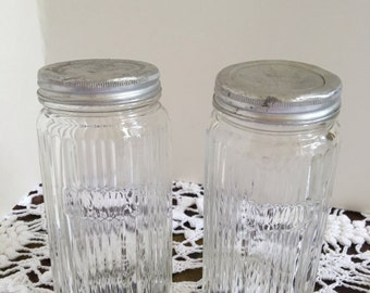 vintage spice jars set of two 30u0027s clear glass spice containers 2 large hoosier
