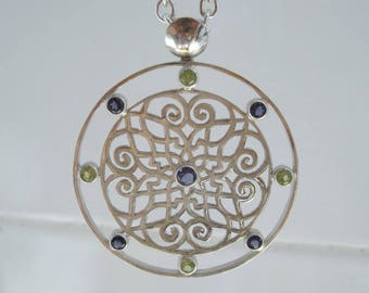"""Fretwork silver plate with iolite and peridot necklace """"Finestra"""""""