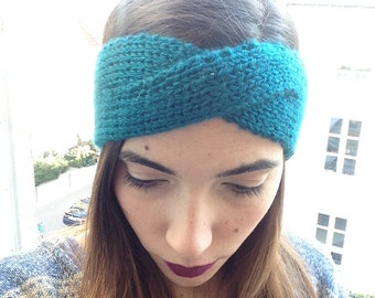 Crossed acrylic blue headband