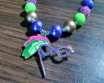 Mardi Gras Mask Girls Bubblegum Necklace.  Gumball Necklace