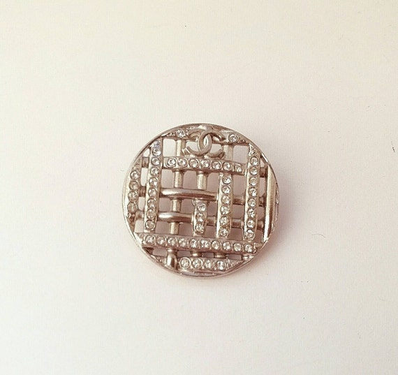 1x Authentic D29mm Chanel large clear crystal metal button with CC logo