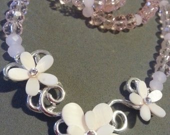 Daisies Necklace and Bracelet Set