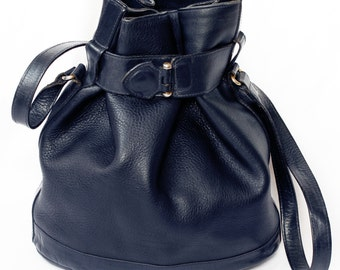 TULA Black Leather Crossbody bag