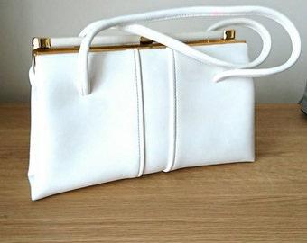 Vintage handbag White Leather 1960's Chamelle by Essell Vintage fashion Accessories Vintage Bag Evening Bag Top Handle Bag original box