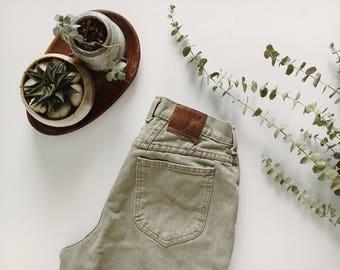 Vintage Sage Green Lee Jeans // size 30