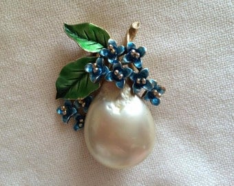 Beautiful vintage faux golden pearl and enamel fruit brooch
