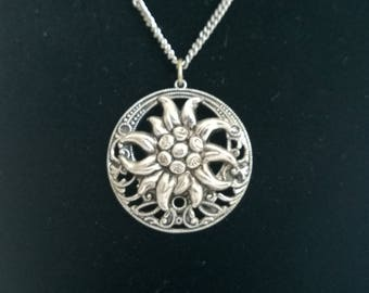 Silver Coloured Chain and Pendant with Flower Design