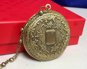 Large Antique/Vintage Photo Locket, Birthday Present for her, Push Present, mother's day present