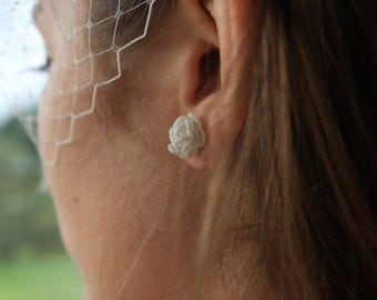 Bridal earrings - Flower earrings roses - clutches silver- wedding bridesmaid jewelry gift - lace earrings roses - lace flower
