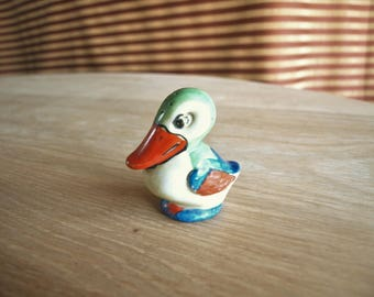 Vintage Hand Painted Japan Pelican Bird Salt and / or Pepper Shaker