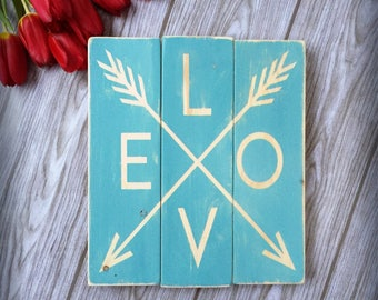 valentines, valentines day sign, arrows, rustic decor, wood signs, pallet sign, valentine