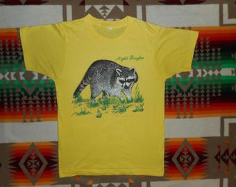 80s Racoon Night Burglar T Shirt Size Small