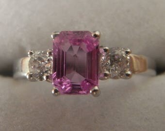 Beautiful Pink Sapphire with Diamonds Ring in 18 carat White Gold