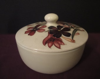 Moorecraft ANEMONE lidded bowl    1st quality