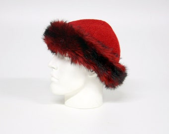 Imitation fur CAP, 100% wool