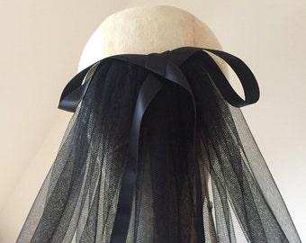 Saskia black bow elbow length silky veil