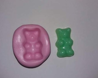 Mold silicone rubber gummy bear to fimo or resin