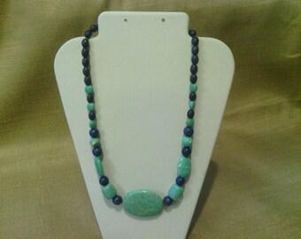 199 Large Magnesite Turquoise Oval Center Bead Beaded Choker