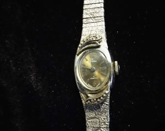 Antique Tradition Swiss Made 17 Jewel Ladies Watch