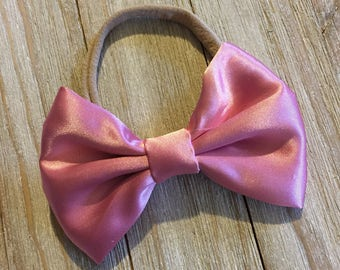 Satin bow| baby girl headband | newborn headband | headband | baby bow | newborn bow | bow | baby shower gift | accessories