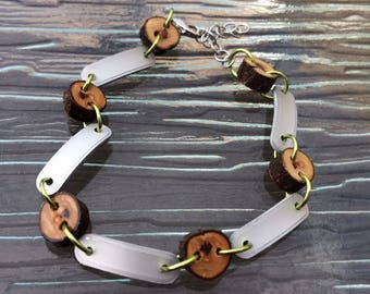 Wood & Aluminum Bracelet // Chain Bracelet // Wood Beads // Anodized Aluminum