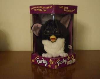 Vintage Rare Original Furby New In Box Tiger Electronics Model 70-800 First Edition
