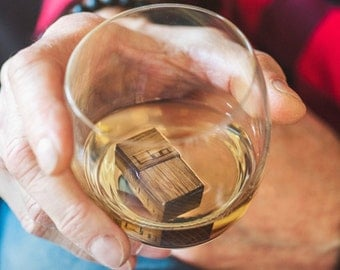 Gift for Men and Women | Customizing and Personalization | Elegant Engraved Oak Barrel Whisky Cubes || WooWhiskey - whiskey accessory