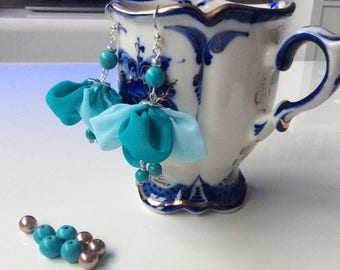 """The """"flowers"""" earrings made entirely by hand with the real pearls, turquoise and fabrics"""