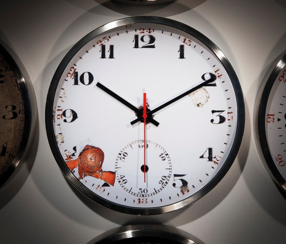 Wall Clock Handmade Old Fashioned Kitchen Unusual Office