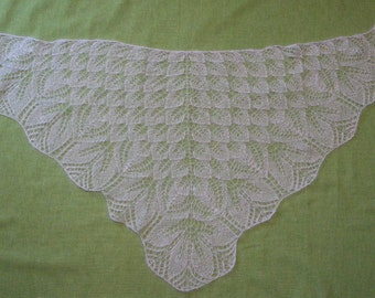 Shoulder scarf, white, knitted