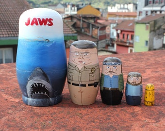 Matrioska Jaws. Russian doll, hand painted. Home decoration. Toy. Present. 5 pieces. Matryoshka, Babushka.