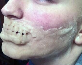 Prosthetic zombie jaw set