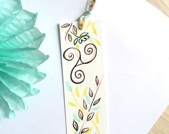 Watercolor spring Triskel bookmarks