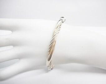 "Bangle Bracelet, Silver Bangle, Sterling Bangle, Hinged Bangle, Vintage Bangle, Sterling Silver Twisted Hinged Bangle Bracelet 7.5"" #2706"