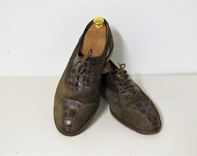 Vintage Italian leather shoes, Vittorio Virgili dark green suede mens dress shoes, Italian mens fashion, EU size 41, incl wooden shoelasts