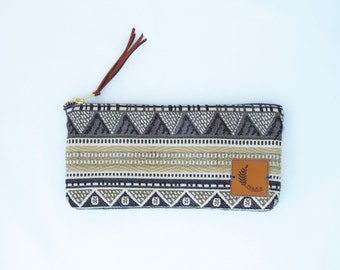 Sand Dune Small 9x4.5 Clutch