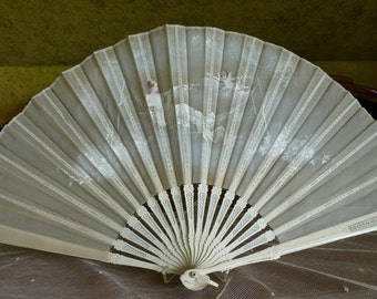 Folding Fan, Flying Putto, antique fan, victorian fan, ca. 1900