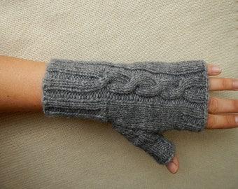 Wool Blend Fingerless Gloves Gray wrist warmers Wool mittens Arm Warmers Mitts