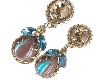 Saphiret And Crystal 1950s Vintage Tear Drop Clip Earrings