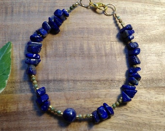 'Forest River witch' bracelet with lapis lazuli