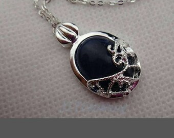 Vampire diaries pendant necklace as worn by catherine