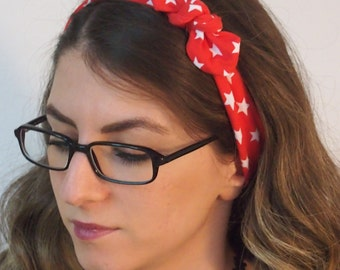 Hair band red with white stars