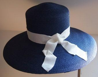 Straw Hat Blue-white