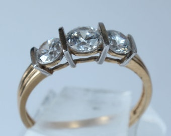 Wedding Ring 14k Solid Gold CZ Cubic Zirconia Marriage Band Only One Size 8